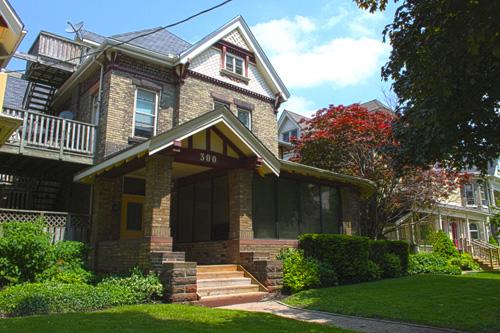 300 Wolfe Street