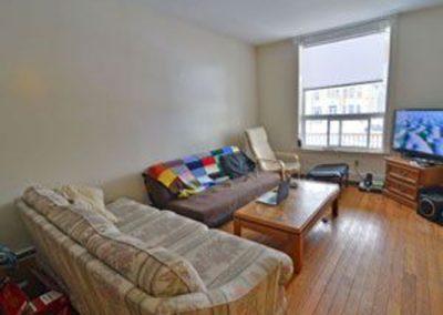 301-01 Livingroom