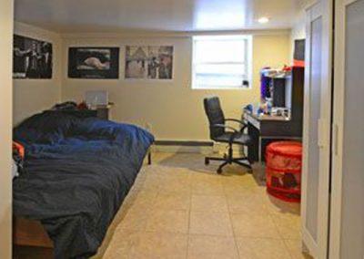 01-301 bedroom (1)