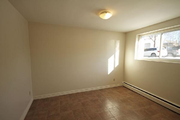 383 Garden Level bedroom
